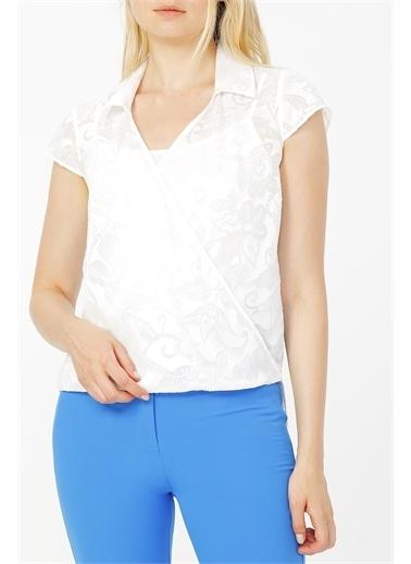 Random Kruvaze Yaka Bluz Beyaz